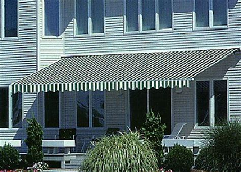 retractrable awnings