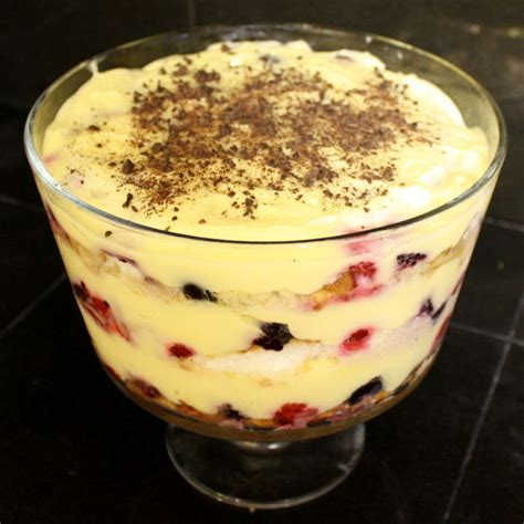 easy trifle desserts how to make a super quick trifle