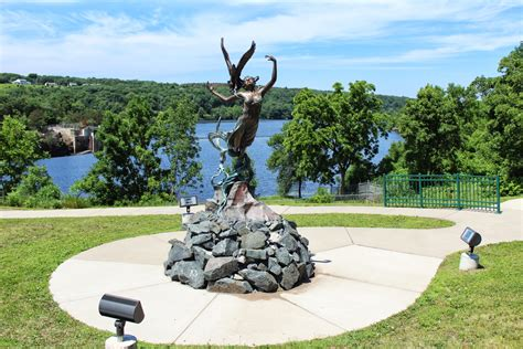 All units include heat, water, trash, lawn care & snow removal in rent! Wisconsin Historical Markers: River Spirit