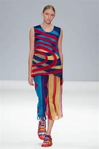London Fashion Week Chinese Designer Spotlight Leaf Xia