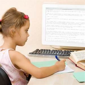 Schreibtisch Für Schulanfänger : der richtige schreibtisch f r schulanf nger ~ Eleganceandgraceweddings.com Haus und Dekorationen