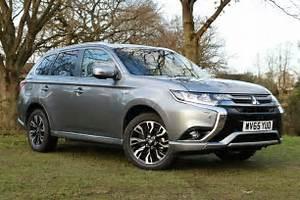 Review: Mitsubishi Outlander PHEV 2016