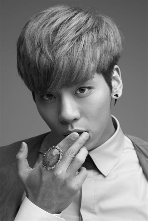 SHINee Jonghyun Draws Attention on Protecting Personal ...