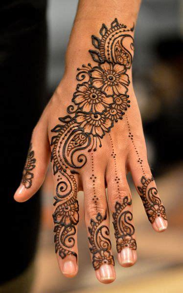 die besten  henna tattoos hand ideen auf pinterest