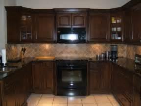 kitchen oak cabinets color ideas kitchen kitchen color ideas with oak cabinets and black appliances wainscoting closet