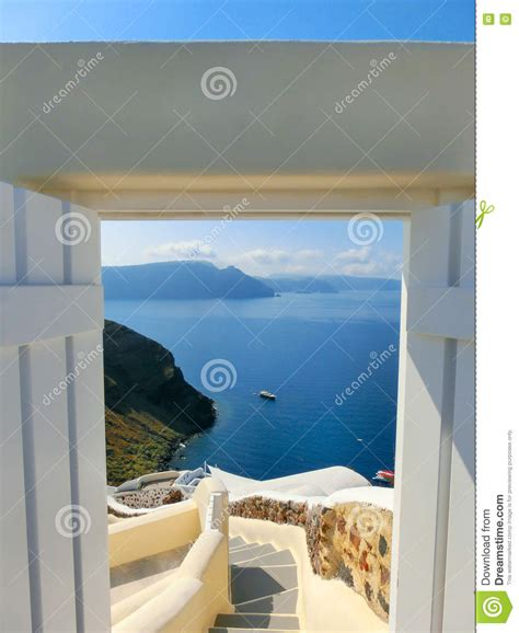 intermarché porte de la mer vue de mer de la porte ouverte 206 le de santorini