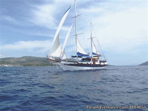 Sail Charter In Croatia Reviews by The Best Choise For Your Cruise In Croatia Vela Luka