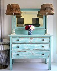 how to distress painted furniture Distressed Painted Furniture Ideas for a Coastal Beach ...