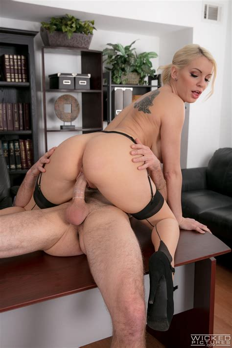 Hot Blonde Secretary Got Fucked Very Hard Photos Kenzie
