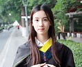 六大90後女神畢業照PK:陳都靈清純黃燦燦似村姑 - 每日頭條
