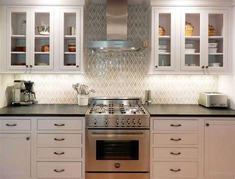 arabesque backsplash tile arabesque backsplash decor