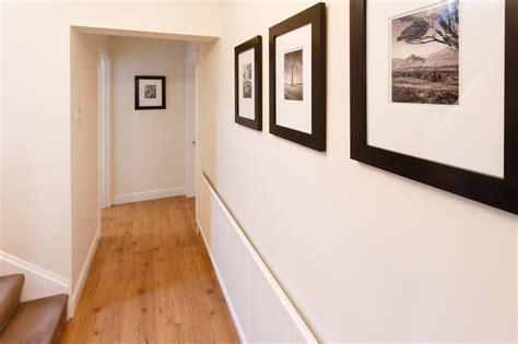 hotel avec dans la chambre a peinture couloir tous les conseils pour peindre un couloir