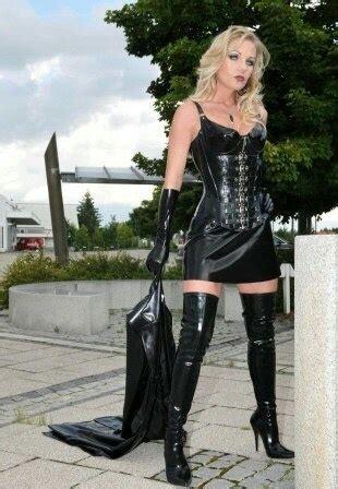 Purple Queen Heike Leather