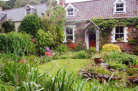 planning a cottage garden style setter new ideas to plan your garden mirror administrator mirror online