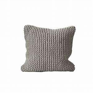 Coussin Gris Clair : tell me more coussin tricot coton gris clair tell me more petite lily interiors ~ Teatrodelosmanantiales.com Idées de Décoration