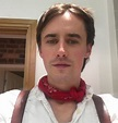 Reeve Carney family: girlfriend, mother, father, siblings ...