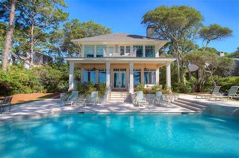 7-bedroom Luxury Oceanfront...