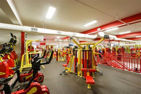 retro fitness  locations design