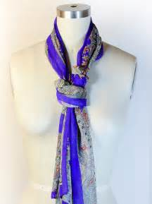 How to Knot Tie Scarf around Neck