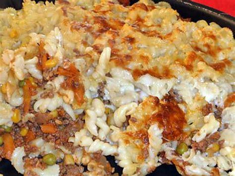 gratin de pates viande hachee recette de gratin de p 226 tes viande hach 233 e l 233 gumes