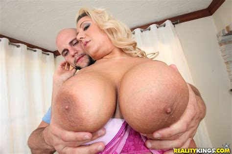 Melodie In Big Ass Knockers Video Big Naturals Reality