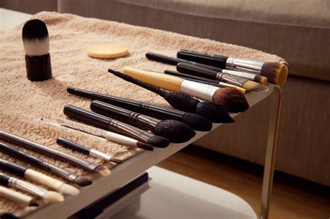 Кисти для макияжа самый полный список видов и их предназначение
