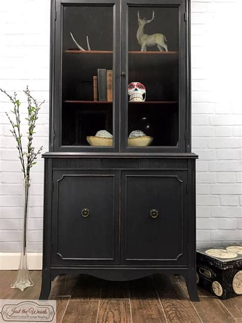 grey china cabinet 1000 ideas about china cabinet painted on