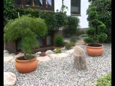 steingartengestaltung mit bonsai gartenbonsai asiatische