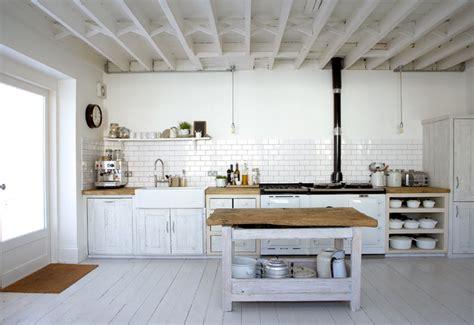 rustic chic kitchen hannas room vita golv och vita v 228 ggar White