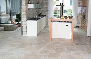 Carrelage pierre naturelle interieur accueil design et for Carrelage interieur pierre