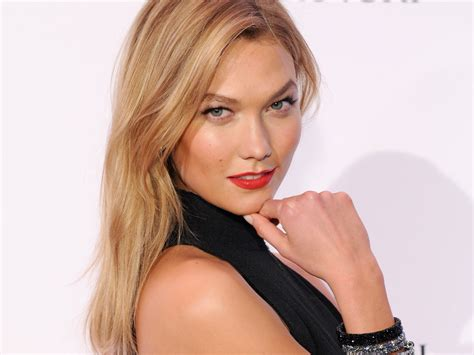 Karlie Kloss For Estee Lauder The Style Edit