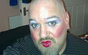 No make-up selfie Cancer Research campaign: male haters ...