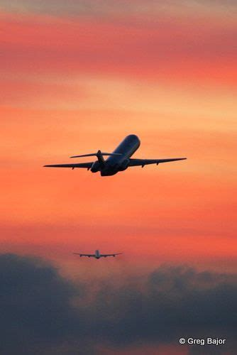 airplanes flying       sunset