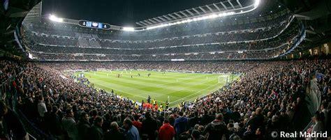 real madrid  barcelona league leaders