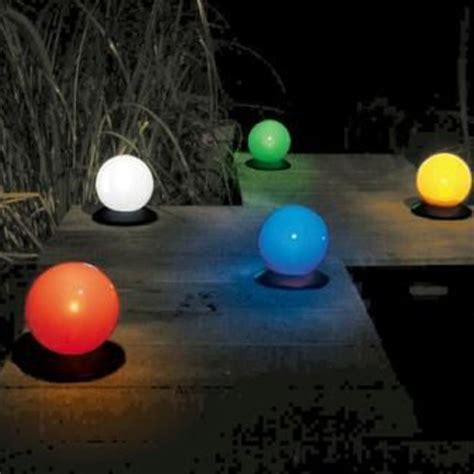 floating color changing globe solar light