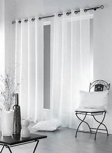 Voilage Fenetre Salon : 25 best ideas about rideau voilage blanc on pinterest ~ Teatrodelosmanantiales.com Idées de Décoration