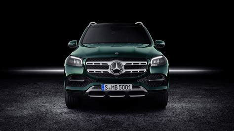 The vehicle has v8 3,982 ccm, 360 kw (489 ps) engine. Mercedes-Benz GLS 580 4MATIC 2019 5K Wallpaper | HD Car Wallpapers | ID #12472