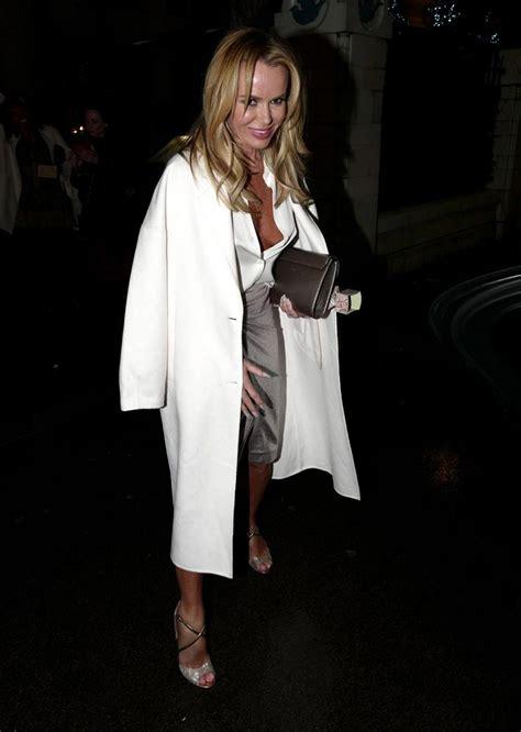 Amanda Holden Naked Tits Flash While Braless Scandal