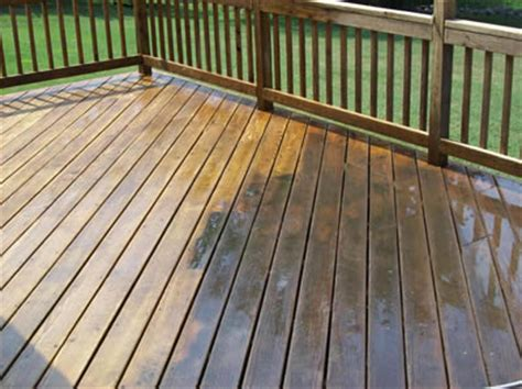 Cleaning Decking With Uk by Decking Fence Cleaning Norfolk Bods
