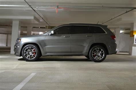 jeep grand cherokee gray mineral grey jeep grand cherokee srt8 wheels pinterest