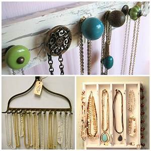 DIY: Organizing Necklaces
