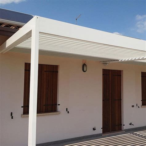 tettoia alluminio tettoia a lamelle orientabili in alluminio infissi br1