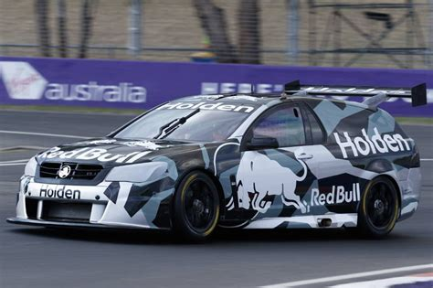 turbo v6 holden supercar laps bathurst