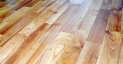 Learn how to install vinyl flooring with this handy guide. How to lay new laminated floor over vinyl | eHow UK