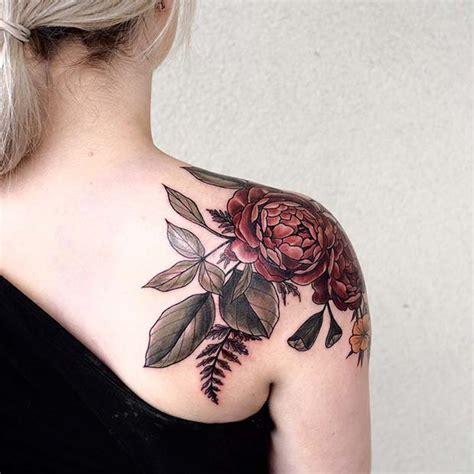 foto de 41 Most Beautiful Shoulder Tattoos for Women StayGlam