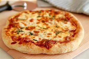Best-Ever Pizza Dough (No Knead) - Gemma's Bigger Bolder ...