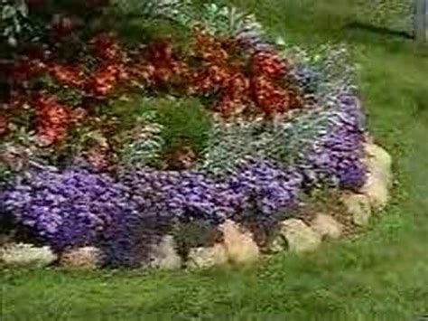 how to arrange a flower bed how to garden arranging a flower bed youtube