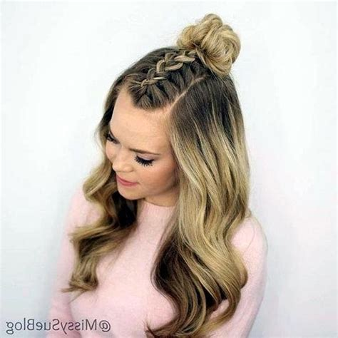 This hairstyle is very easy to recreate and can be done at any time. Cute easy hairstyles for easter - Hairstyles for Women