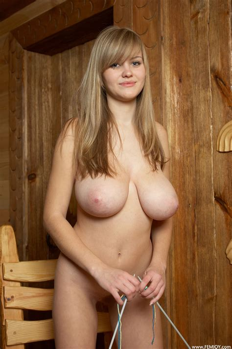 busty and natural porn pic eporner