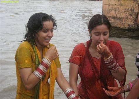 Beautiful Indian Desi Housewife Bathing In River New